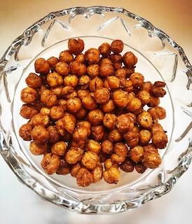 healthy snack idea roasted chickpeas